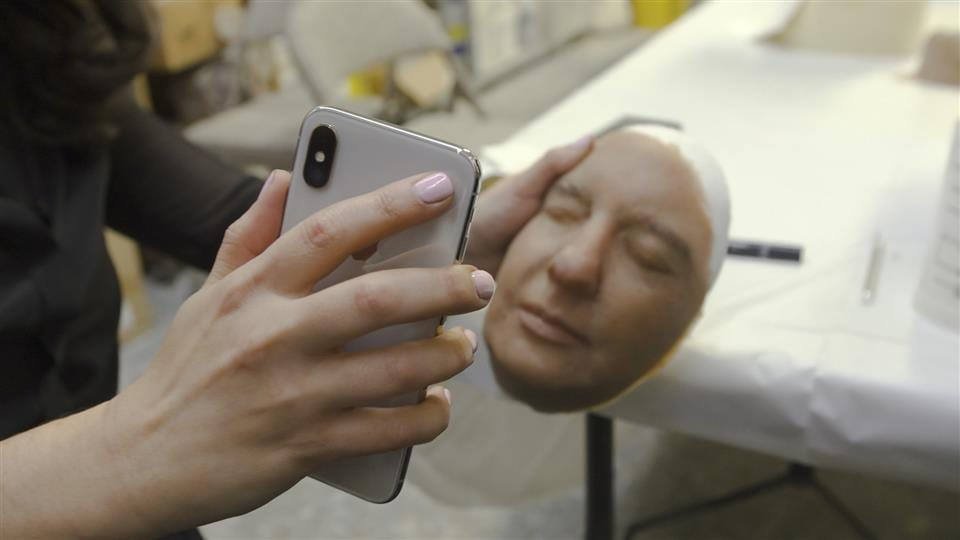 Apple's iPhone X's Face ID beaten by mask » TechWorm