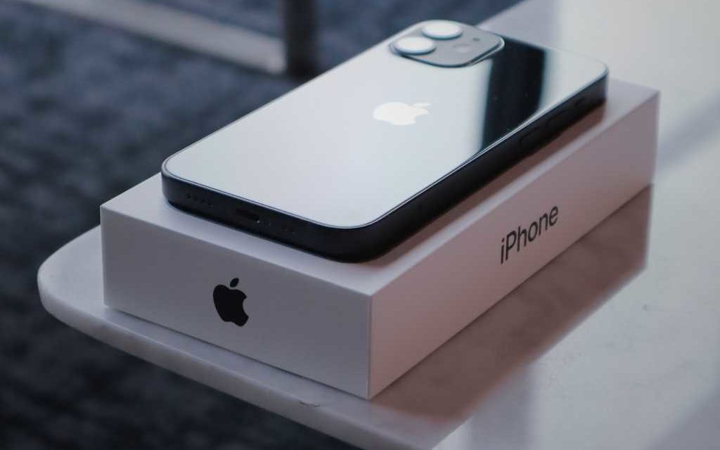 iPhone 12: Buy now or wait?